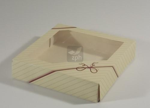 GEBAKDOOS  23x23x5  cm   dessin  STRIK 71