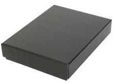 KLEDINGDOOS 330x260x040 mm BODEM zwart+ DEKSEL zilver