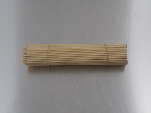 SATÉ STOKJES dik berkenhout 18 cm lang