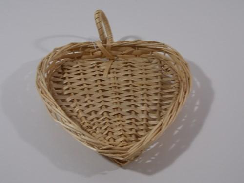 MANDJE in vorm hart 20 x 20 cm