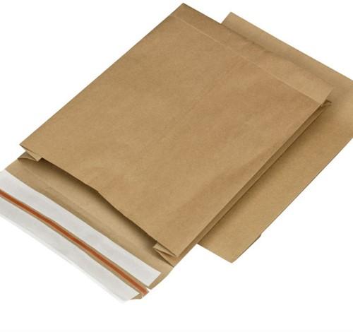 Verzend zakken met extra retour strip 200x300x50 mm